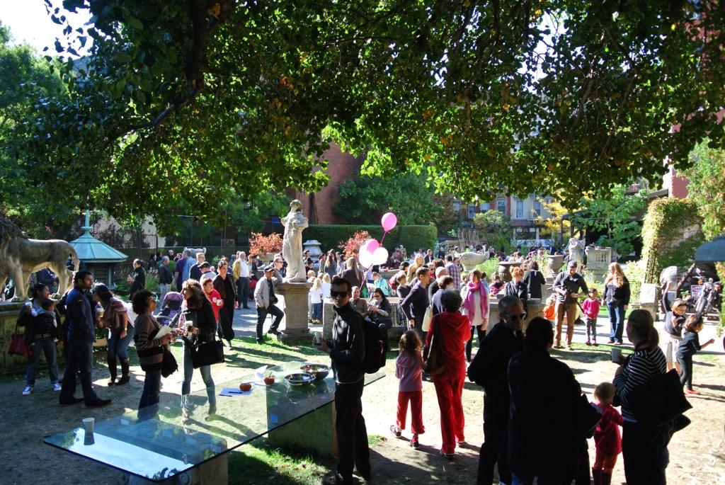 Elizabeth-Street-Garden-Harvest-Fest-2013-2